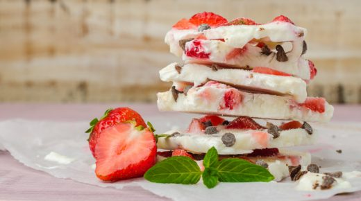 Recipe: Fruity frozen yogurt bark