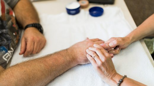 9 Options to Relieve the Pain of Thumb Arthritis